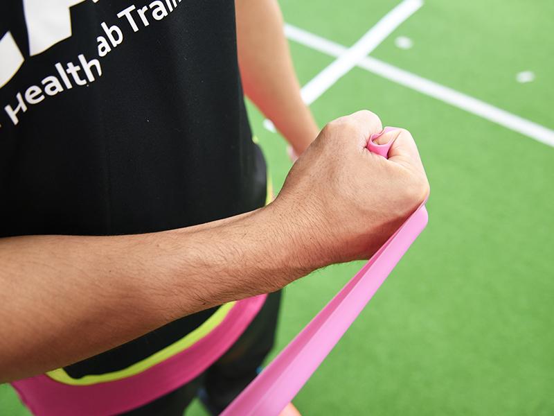 肩甲下筋トレーニング手首