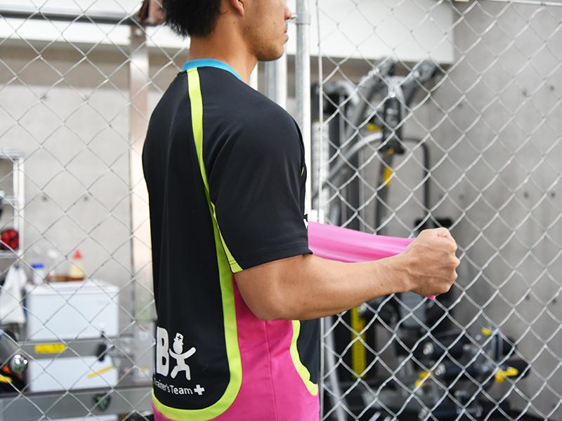 棘下筋トレーニング肘90度