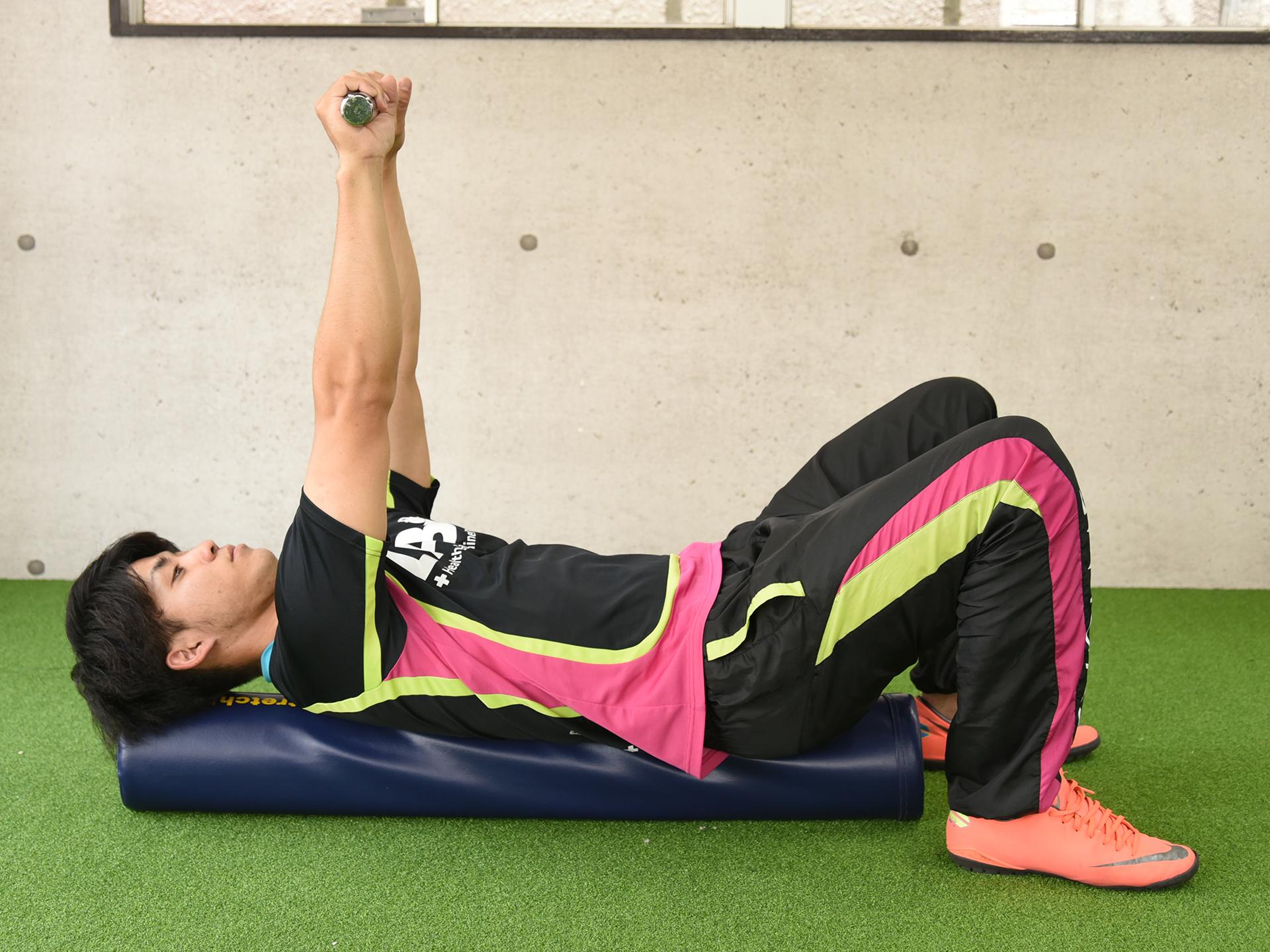 投球時に肩甲骨を安定させる前鋸筋の役割と2つのトレーニング方法