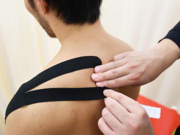 野球で肩が痛いときに知っておきたい棘上筋のテーピング方法